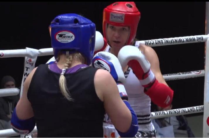 Laressa Van Emden finaaliin thainyrkkeilyn Royal World Cupissa