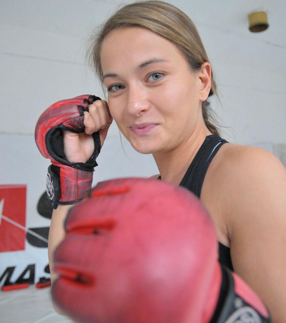 Voittamaton Karolina Kowalkiewicz UFC:hen
